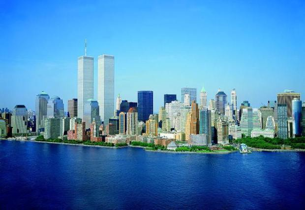 LOC_Lower_Manhattan_New_York_City_World_Trade_Center_August_2001